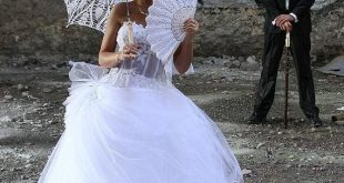 White lace hand fans crochet 100% cotton wedding by Irenastyle