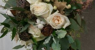 Beautiful roses pods and cotton bouquet 2019 Beautiful roses pods and cotton b...