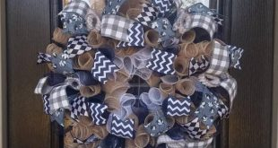 Harlequin and Cotton Wreath