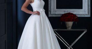 hn-veronica Brautkleid aus Brokat in Teelänge mit dezenter Schleife und elegant...